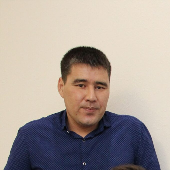 ahmetzhanov-678x678
